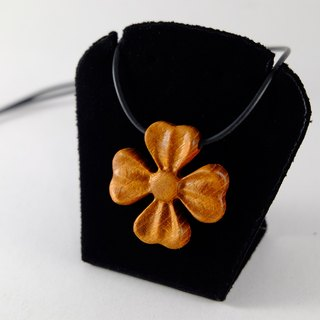Four Leaf Heart Four Leaf Heart Bloom blossoms yellow clover necklace original millimeter Valentine hope Conventions