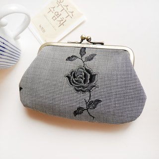 Black Rose Kitty Knife Bag / Coin Purse [Made in Taiwan]