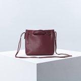 Clyde Cloud XS bag leather color Aubergine.