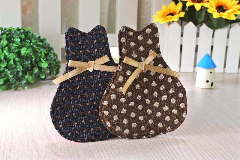 Cat style cloth coaster can be customized (1 in)