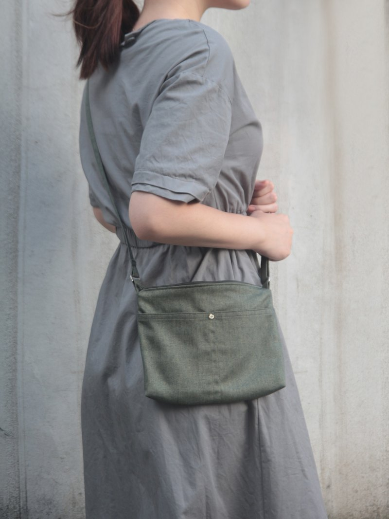 Green mica hand-stitched lightweight side bag