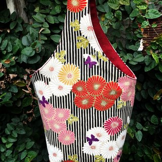Chrysanthemum and wind ching bao bags