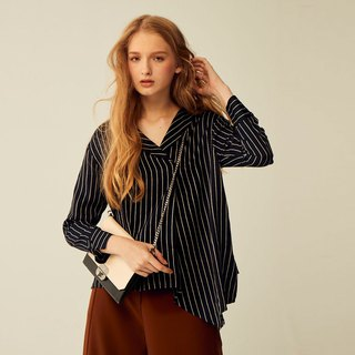 AEVEA V-neck hem drape striped shirt