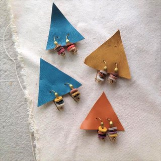 1 + 1 small candle fire _ leather brass earrings (two pairs)
