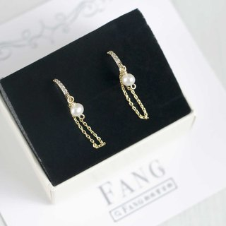 [Raindrop] row of diamond earrings / earrings