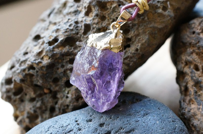 Pink Amethyst Raw Stone Leather Necklace