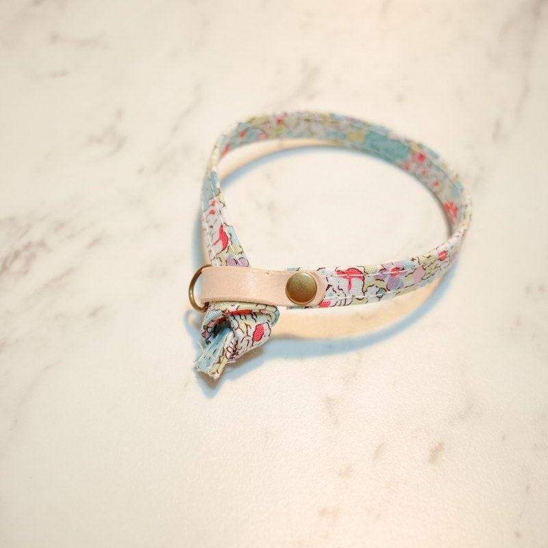 Cat Collar Fenghuang Small Floral Double-sided design can be purchased tagged with bells