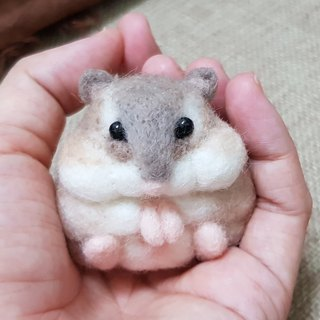 Original wool felt empty small hamster decoration version can be customized