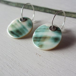 Night light shell silver hoop earrings