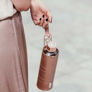 Heat-resistant leather cover glass bottle 750ml-rose gold