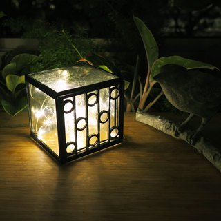 Taiwan retro window grille - small circle handmade glass box / candlestick