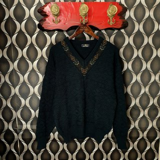 Small Turtle Gege-Japan - Three-dimensional Textured Totem Dark Green Knit V-Neck Sweater