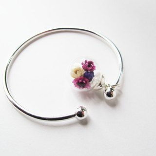 Rosy Garden Purple dried Daisies inisde glass ball bangle