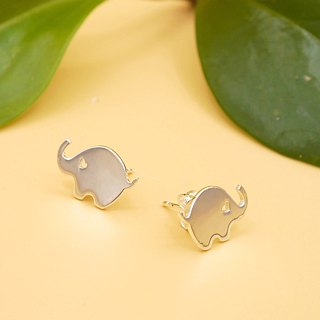 Handmade Little Elephant earring - Silver plated on brass