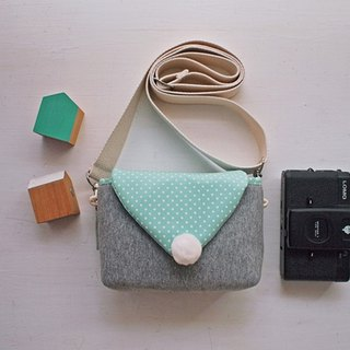 Triangle Envelope Side Back Zipper Camera Bag - Dark Gray + Water Green Point (Spot)