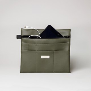 Large pouch in olive green