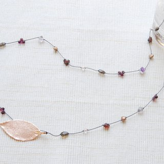 Konoha Necklace Garnet x Bronze