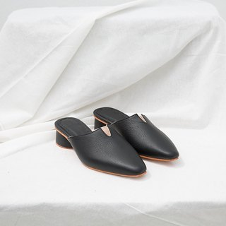 0.2 THE ARCH MULE / BLACK