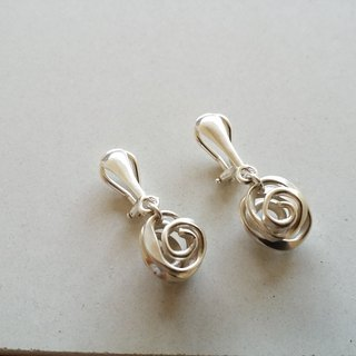 Forged Knocking Series Silver Clip Earrings Ear Clip Taiwan Designer Handmade Silver Silver Rose
