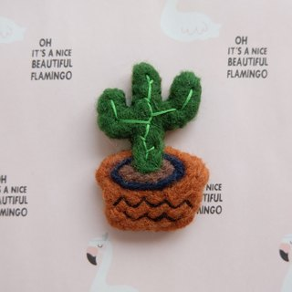 Sleeping original hand three thin cactus [flamingo in cactus and pineapple] brooch / fridge