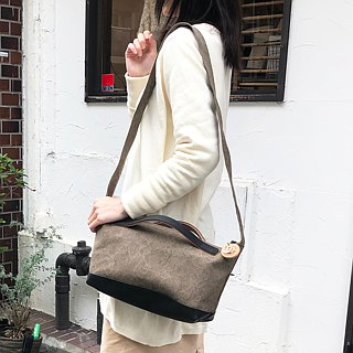 nomad-mini · Olive tannin dye canvas × leather shoulder bag