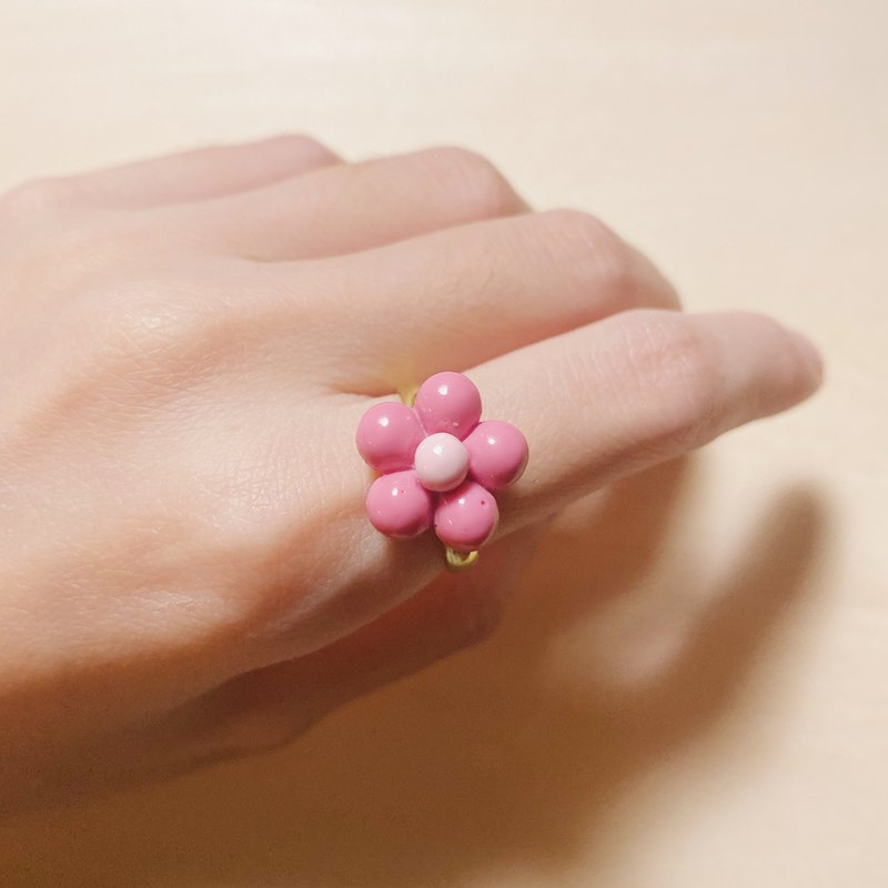 Vintage Deep Pink Saturated Fat Flower Contrast Ring