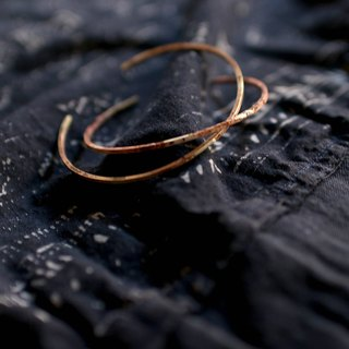 MU eroded solar eclipse series fine brass C-type single ring bracelet