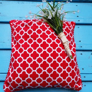 Nordic double flour, red flower vs red geometric patterns purple, red hairball pillow / cushion