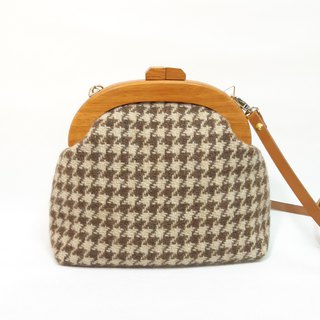 Houndstooth wool wooden gold bag / cross-body bag / side backpack / carry-on bag