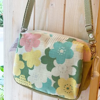 [Good day hand made] Handmade. Romantic flowers / universal bag / / cross-body bag / shoulder bag