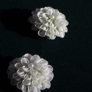 Little Flower stud earrings