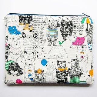 Large zipper bag / Pencil / Cosmetic white bear