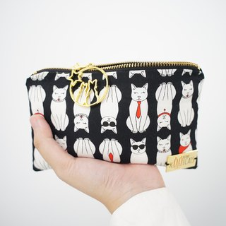 Zipper Pouch in White Cats on Black
