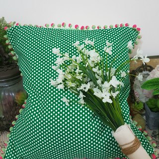 Nordic simple green wavelet pattern pink green double color hair ball pillow / pillow