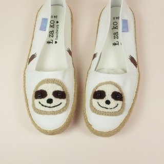 White cotton hand made canvas shoes, healing lazy models, weaving models