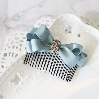 Light green plain three-dimensional bow hair comb