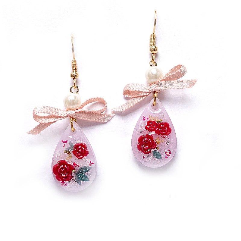 *限量*日本樹脂浪漫玫瑰雕刻花朵耳環(可改夾)