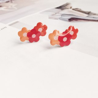 La Don - Youth Flower Ear Orange Ear Pin
