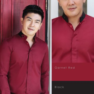 Long-sleeved shirt with adjustable collar (red & black)