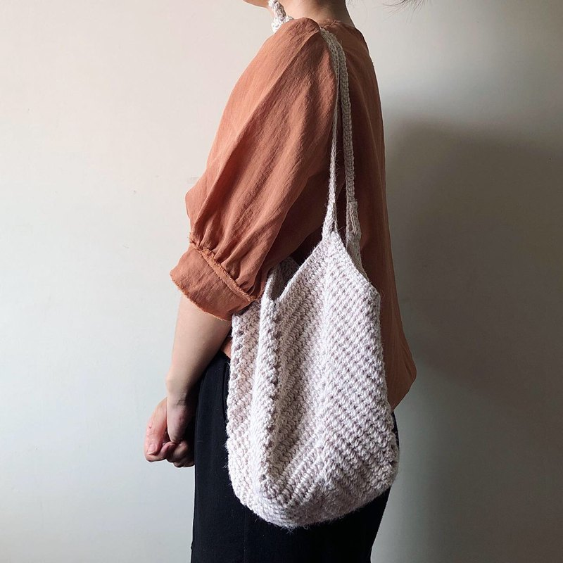 Clear specials, twine woven shoulder bag, both front and back weaving