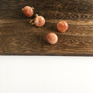 Sunstone simple earring
