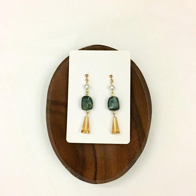 訂製款 墨綠壓克力耳環 耳夾