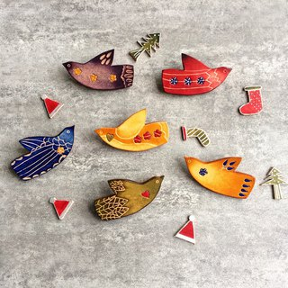 Lucky bird leather brooch / pin lucky bird brooch
