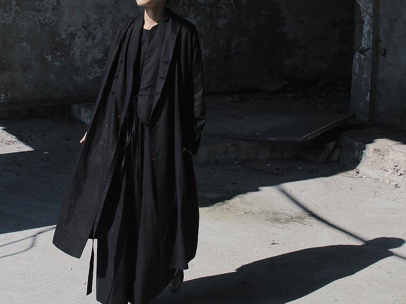 中性長版棉麻風衣洋裝