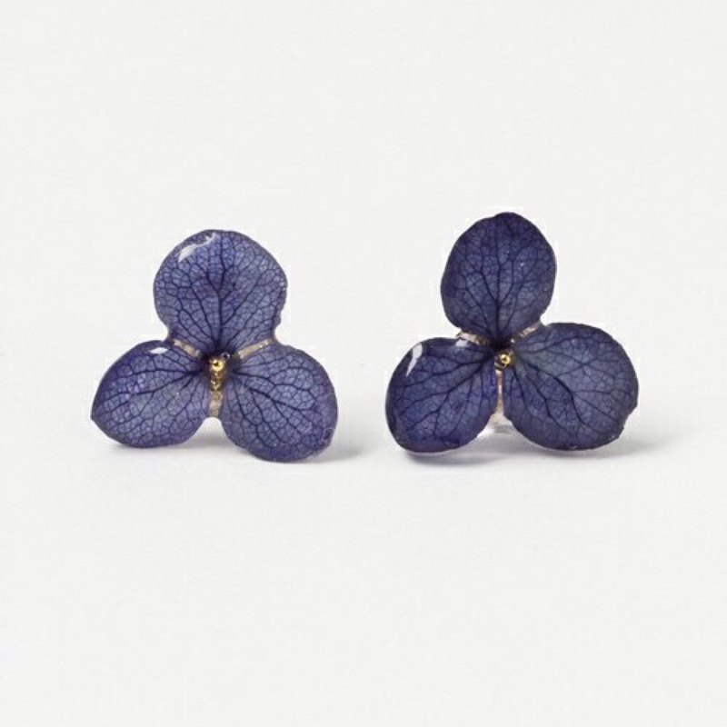 Hiragi hydrangeas earrings*navy*PC009