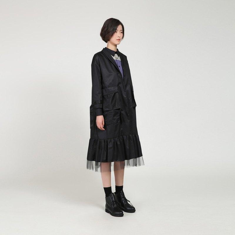 BUDU不渡 黑色青果领网纱拼接不对称中长款风衣外套