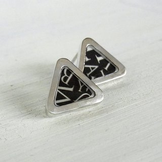 【Order Production】 Triangle Resin Earrings / silver