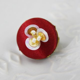 handmade white and gold floral brooch,  round floral pin