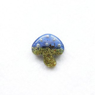 [Art] shell cute little kitty live mushroom pin (blue)