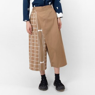 Large paper print asymmetric cut skirt - coffee color